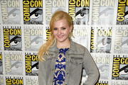 Abigail Breslin Embroidered Dress