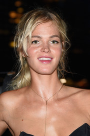 Erin Heatherton wore a disheveled ponytail during the W Amsterdam event.