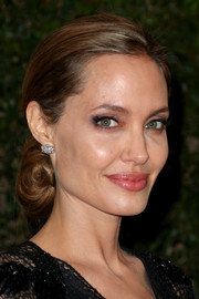 Angelina Jolie exuded Old Hollywood elegance with this lovely chignon during the Governors Awards.
