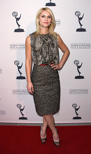 Claire Danes wore this lustrous pencil skirt to the 'Homeland' event.