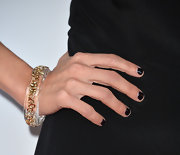 Kristin Chenoweth showed that black nails can be super-chic on the red carpet.