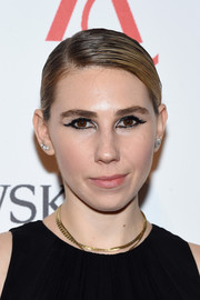 Zosia Mamet slicked her hair down into a side-parted updo for the 2016 ACE Awards.