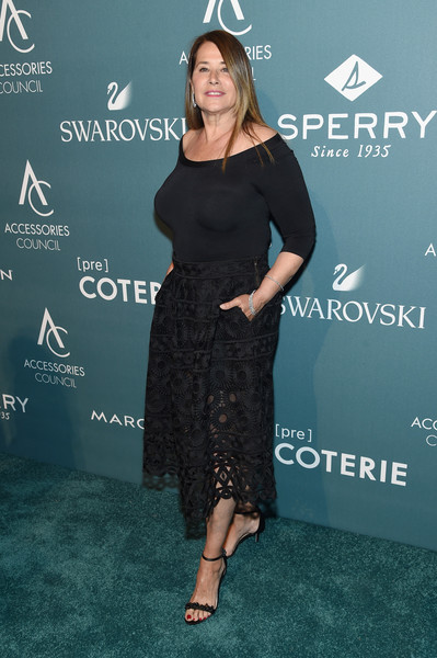 Beaded black sandals rounded out Lorraine Bracco's look.