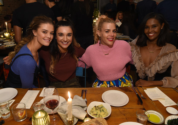 More Pics of Busy Philipps Turtleneck (2 of 15) - Tops Lookbook - StyleBistro [meal,dinner,supper,event,friendship,lunch,youth,food,brunch,dish,l-r,nyc,aerie celebrates aeriereal role models,busy phillips,brenna huckabyl,nina agdal,ubah hassan]