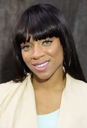 Lil Mama let her bold and stylish bangs do all the talking at the 'After Earth' premiere in NYC.
