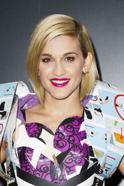 Ashley Roberts looked stylish with her graduated bob during LA Fashion Week.