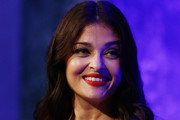 Aishwarya Rai Long Center Part