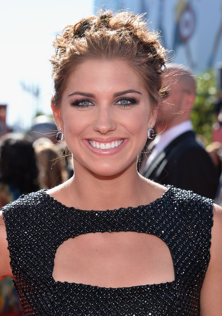 Pinned up Ringlets Updo Hairstyle Alex Morgan Updos Pinned up
