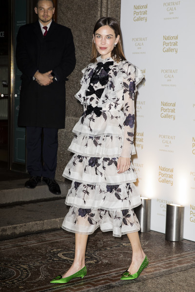 Alexa Chung Kitten Heels [duchess of cambridge attends the portrait gala,white,clothing,fashion model,fashion,dress,lady,fashion design,cocktail dress,leg,haute couture,alexa chung,london,england,national portrait gallery,portrait gala]