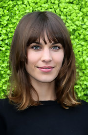 Alexa Chung wore her hair simply styled for the launch of the British Designers Collective.