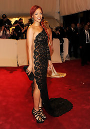 Rihanna sizzled at the 2011 Met Gala in super strappy black Balota sandals.