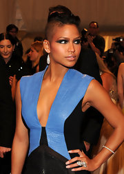 Singer Cassie added a sultry factor to her look with dark smoky eyes that were winged out at the ends.