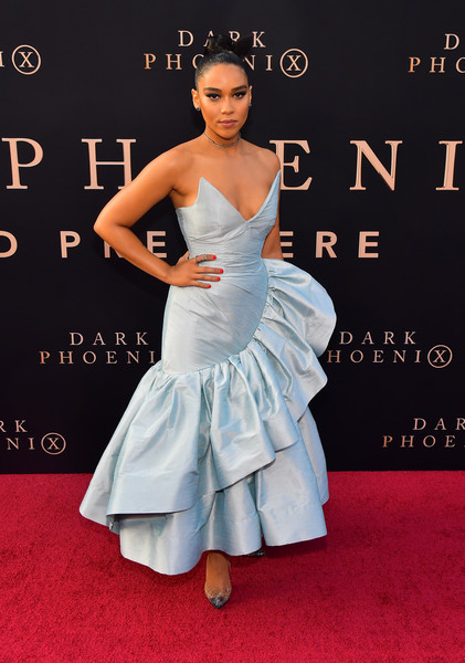 Alexandra Shipp Strapless Dress [clothing,dress,red carpet,carpet,fashion model,premiere,flooring,hairstyle,gown,fashion,arrivals,alexandra shipp,dark phoenix,california,hollywood,tcl chinese theatre,20th century fox,premiere,premiere]