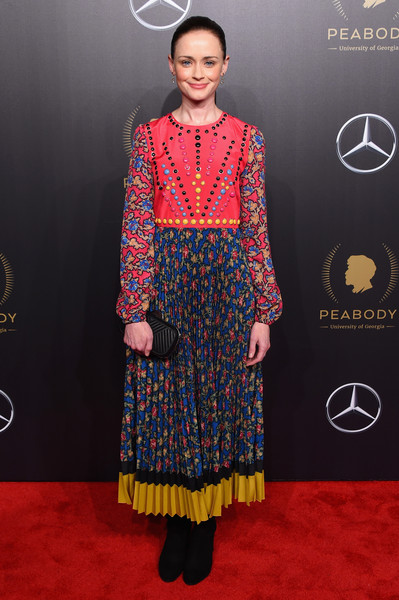 Alexis Bledel Quilted Clutch [red carpet,clothing,red carpet,carpet,fashion,formal wear,flooring,dress,fashion model,yellow,fashion design,alexis bledel,new york city,cipriani wall street,77th annual peabody awards ceremony,the 77th annual peabody awards ceremony]