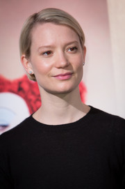 Mia Wasikowska attended the 'Alice Through the Looking Glass' photocall in Madrid wearing a neat boy cut.