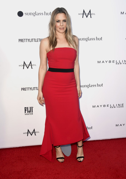 Alicia Silverstone Strapless Dress [clothing,dress,shoulder,red,red carpet,strapless dress,carpet,cocktail dress,fashion model,fashion,arrivals,alicia silverstone,beverly hills hotel,california,daily front row,5th annual fashion los angeles awards]