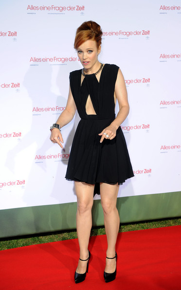 More Pics of Rachel McAdams Little Black Dress (1 of 33) - Rachel McAdams Lookbook - StyleBistro
