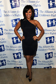 Tamera Mowry was fierce in a short one-shoulder dress at the Alliance for Children's Rights Annual Dinner Gala.