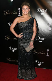 The singer attended the Alliance For Women In Media's 2010 Gracie Awards in LA wearing a Gustavo Cadile Fall 2010 gown.