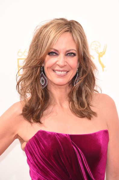 Allison Janney Long Wavy Cut