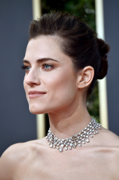 Allison Williams Diamond Statement Necklace [hair,face,hairstyle,eyebrow,skin,beauty,chin,lip,jewellery,fashion model,arrivals,allison williams,beverly hills,california,the beverly hilton hotel,golden globe awards,annual golden globe awards]