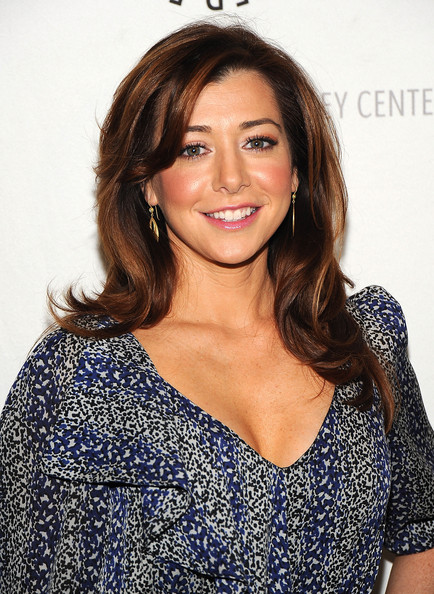 Alyson Hannigan Medium Layered Cut