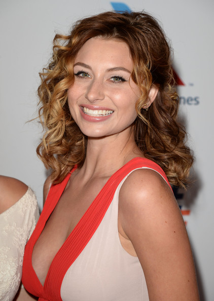 Alyson Michalka Beauty