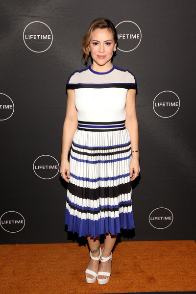 Alyssa Milano Print Dress [clothing,dress,cocktail dress,fashion,hairstyle,fashion model,shoulder,footwear,waist,carpet,directors,actresses,alyssa milano,the langham huntington,pasadena,california,lifetime,winter television critics association press tour]