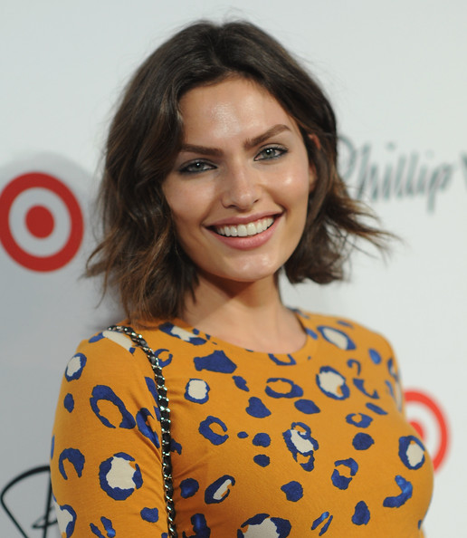 Alyssa Miller Short Wavy Cut