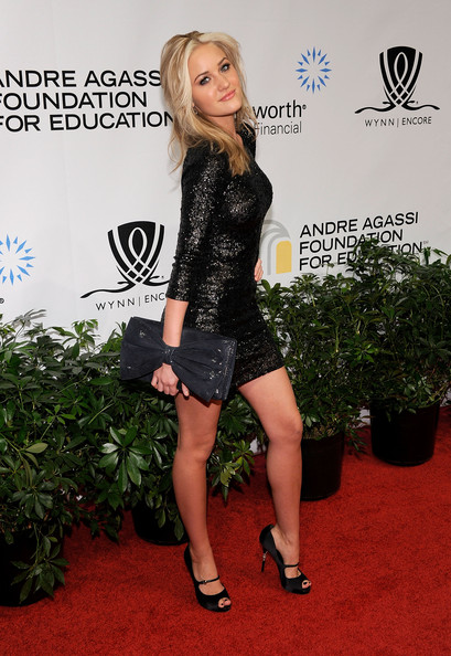 Amanda Michalka Oversized Clutch