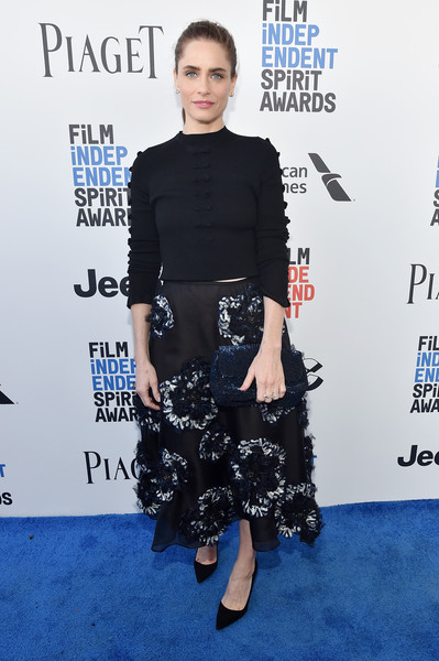 Amanda Peet Full Skirt