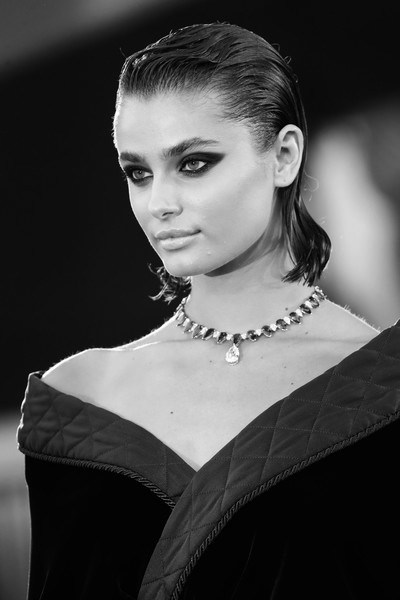 More Pics of Taylor Hill Short Straight Cut (1 of 45) - Taylor Hill Lookbook - StyleBistro [editors note,photograph,image,hair,face,hairstyle,eyebrow,beauty,lip,black-and-white,fashion,monochrome,monochrome photography,amants red carpet,face,hair,hair,red carpet,hairstyle,77th venice film festival,photograph,black and white,hair,portrait photography,photo shoot,black hair,photography,human hair color,face,long hair]