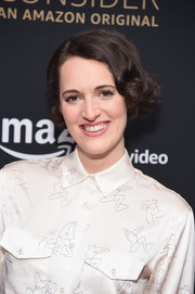 Phoebe Waller-Bridge sported an adorable curled-out bob at the 'Fleabag' Emmy FYC event.