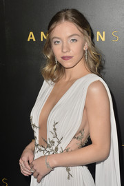 Sydney Sweeney accessorized with an elegant diamond bracelet at the Amazon Studios Golden Globes afterparty.