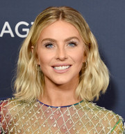Julianne Hough looked stylish with her shoulder-length waves at the 'America's Got Talent' season 14 live show.
