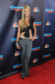 Beth Stern hit the 'America's Got Talent' red carpet looking cute in a bow-shaped crop-top.