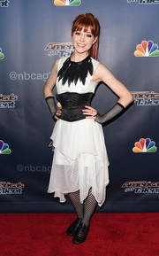 Lindsey Stirling donned a handkerchief-hem LWD, styled with a black corset belt, for the 'America's Got Talent' season 9 post-show event.