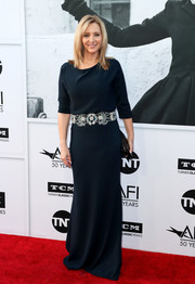 Lisa Kudrow opted for a simple yet elegant midnight-blue gown with an embellished belt when she attended the AFI Life Achievement Award Gala.