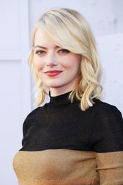 Emma Stone attended the AFI Life Achievement Award Gala wearing her hair in piecey, shoulder-length waves.