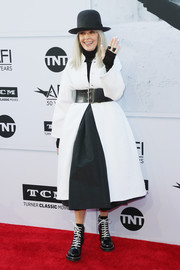 Diane Keaton teamed a white coat with a black turtleneck and a flared skirt for the AFI Life Achievement Award Gala.