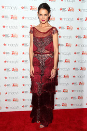 Katie Holmes brought some flapper glamour to the Go Red for Women event with this crimson fringe gown by Marchesa.