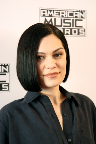 Jessie J showed off a perfect bob at the American Music Awards Radio Row.