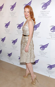 Jessica Chastain looked like a total glamour girl in her glittery gold slingbacks.