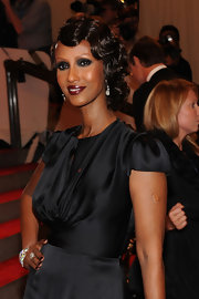 Super model and icon, Iman showed off her glamorous side while hitting the red carpet at the MET Gala. Her pinned up ringlets were super retro and formed the perfect frame for her face.