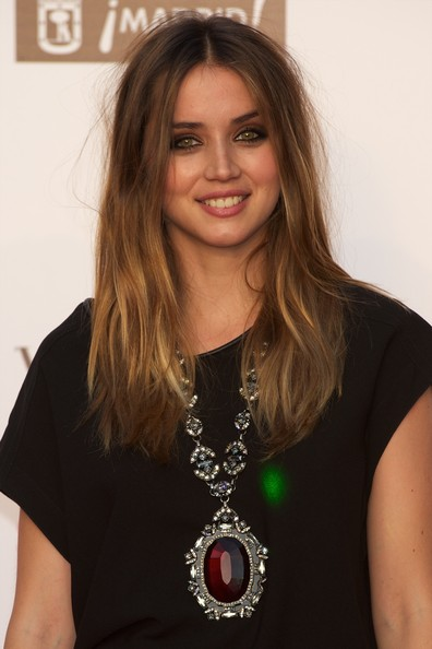 Ana de Armas Gemstone Statement Necklace [hair,hairstyle,blond,long hair,layered hair,brown hair,fashion accessory,jewellery,neck,premiere,ana de armas,vogue fashion night out madrid,spanish,madrid,vogue fashion night out]