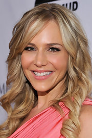 Julie Benz wore a pretty shade of coral pink shimmer lipstick at the Andrea Bocelli Foundation launch.