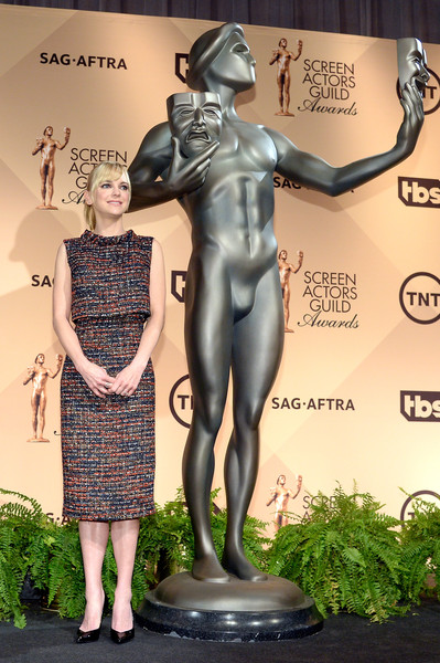 Anna Faris Pencil Skirt [statue,sculpture,art,bronze sculpture,monument,metal,plant,nonbuilding structure,bronze,artwork,anna faris,screen actors guild awards,silverscreen theater,west hollywood,california,pacific design center,nominations announcement]