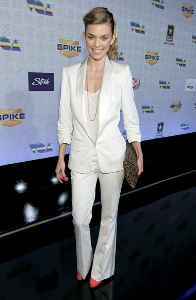 AnnaLynne McCord Pantsuit [suit,white,formal wear,fashion model,fashion,beauty,blazer,flooring,outerwear,girl,annalynne mccord,arrivals,california,los angeles,la convention center,spike tv,video game awards]