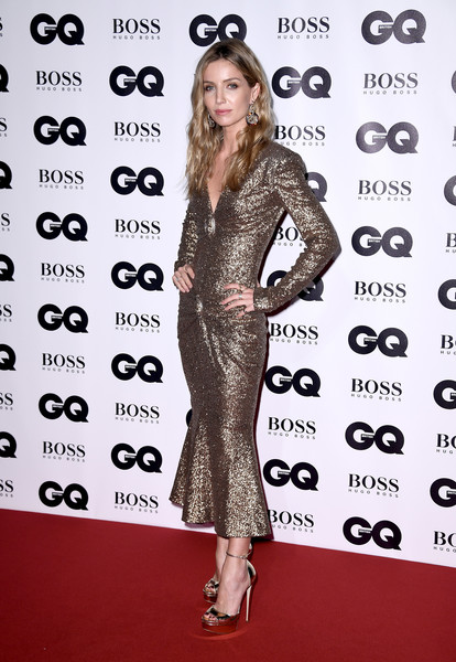 Annabelle Wallis Platform Sandals [clothing,fashion model,dress,premiere,red carpet,carpet,eyewear,brown hair,cocktail dress,flooring,gq men of the year awards,annabelle wallis,gq men of the year awards,england,london,tate modern,red carpet arrivals]