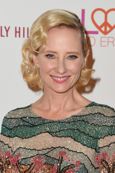 Anne Heche Curled Out Bob [hair,blond,face,hairstyle,eyebrow,lip,beauty,chin,hair coloring,premiere,gala,anne heche,beverly hills,california,the beverly hilton hotel,race,arrivals]